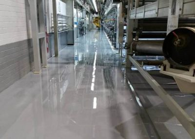worldfloor resine sol revetement industrie coating luxembourg 34