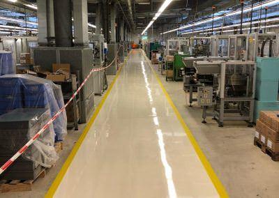 worldfloor resine sol revetement industrie coating luxembourg 58