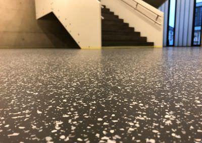worldfloor resine sol revetement industrie coating luxembourg 60