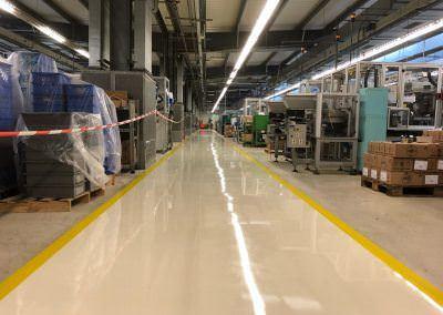 worldfloor resine sol revetement industrie coating luxembourg 62