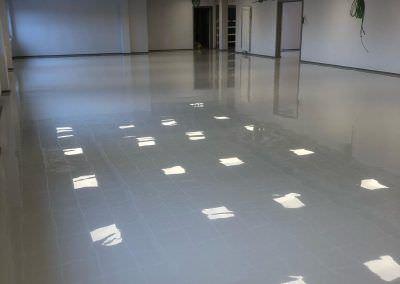 worldfloor resine sol revetement industrie coating luxembourg 80