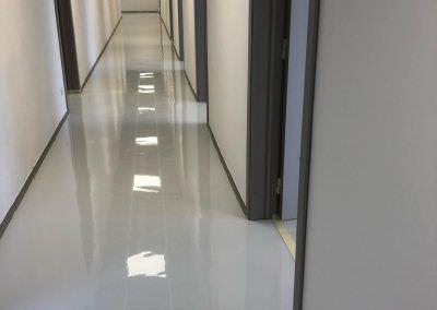 worldfloor resine sol revetement industrie coating luxembourg 83
