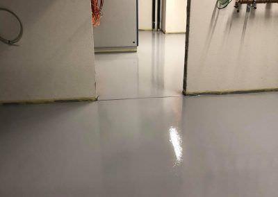 worldfloor resine sol revetement industrie coating luxembourg 92