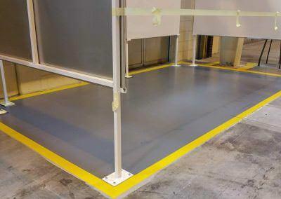 worldfloor resine sol revetement industrie coating luxembourg marquage uv 15