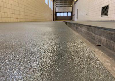 worldfloor resine sol revetement industrie coating luxembourg marquage uv 16