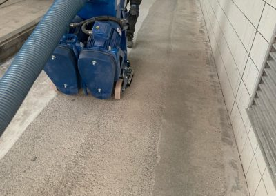 worldfloor resine sol revetement industrie coating luxembourg marquage uv 18
