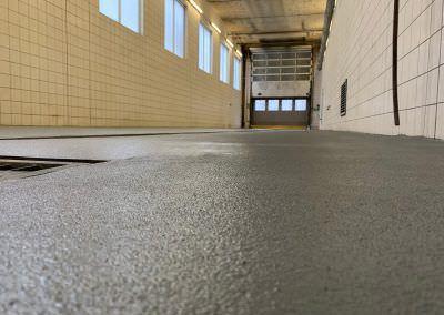 worldfloor resine sol revetement industrie coating luxembourg marquage uv 20