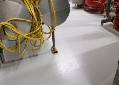 worldfloor resine sol revetement industrie coating luxembourg marquage uv 5